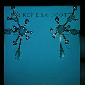 Kendra scott earrings Matilda!
